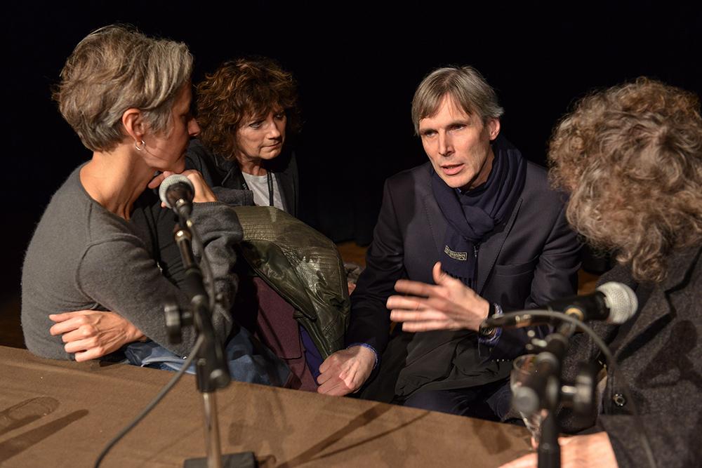 Birgit Kohler, Margrit Schreiber-Brunner, Udo Bremer, Elfi Mikesch v.l. © Duisburger Filmwoche, Foto: Simon Bierwald