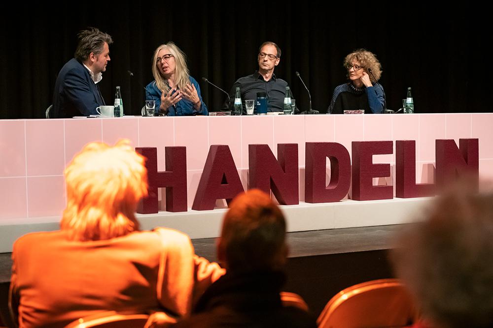 Rüdiger Suchsland, Jutta Doberstein, Constantin Wulff, Kristina Konrad v.l. © Duisburger Filmwoche, Foto: Simon Bierwald